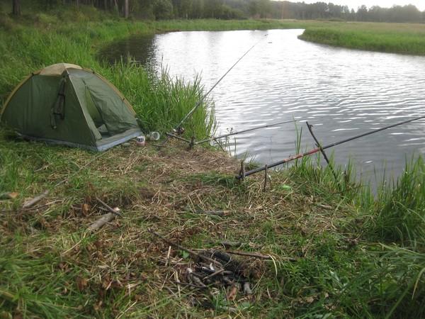 Как выбрать палатку для рыбалки?